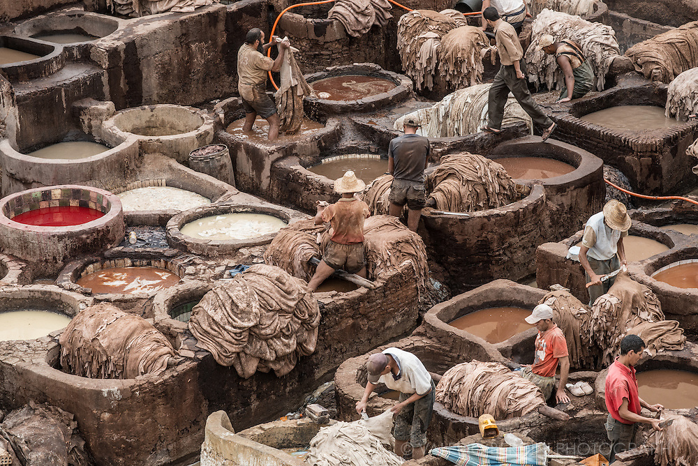 Tannery workers plunge the skins into the colored wells, leaving them there for a few more days to absorb each hue. The dyes all come from natural substances, such as indigo, henna, saffron, poppies, and pomegranates.