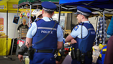 Auckland-Protestor incepted by police at Labour Party walkabout