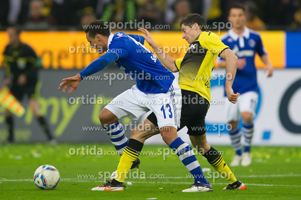 26.11.2011, Signal Iduna Park, Dortmund, GER, 1. FBL, Borussia Dortmund vs FC Schalke 04, im Bild Zweikampf Jermaine Jones (#13 Schalke) - Robert Lewandowski (#9 Dortmund) // during Borussia Dortmund vs. FC Schalke 04 at Signal Iduna Park, Dortmund, GER, 2011-11-26. EXPA Pictures © 2011, PhotoCredit: EXPA/ nph/ Kurth..***** ATTENTION - OUT OF GER, CRO *****