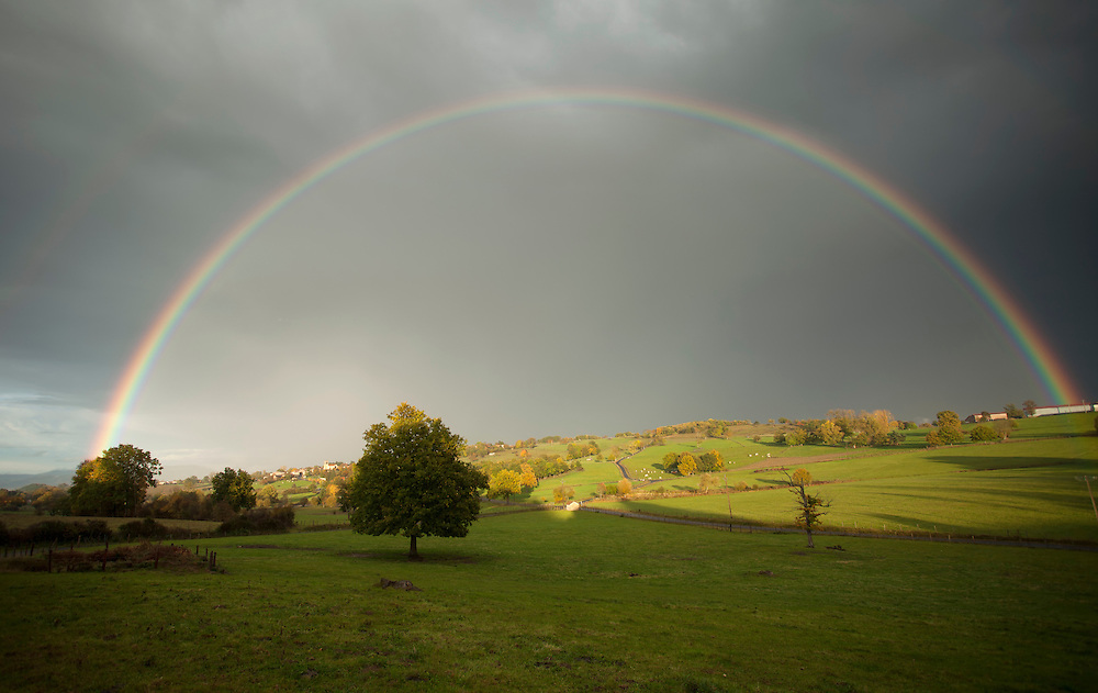 A full rainbow in the rain, St. Flour L´Etang, France