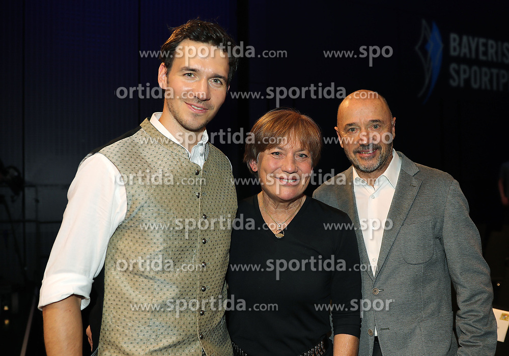 13.07.2019, BMW Welt, Muenchen, GER, Bayerischer Sportpreis Verleihung, im Bild Felix Neureuther mit seinen Eltern Rosi Mittermeier und Christian Neureuther // during the Bavarian Sports Award at the BMW Welt in Muenchen, Germany on 2019/07/13. EXPA Pictures © 2019, PhotoCredit: EXPA/ SM<br /> <br /> *****ATTENTION - OUT of GER*****