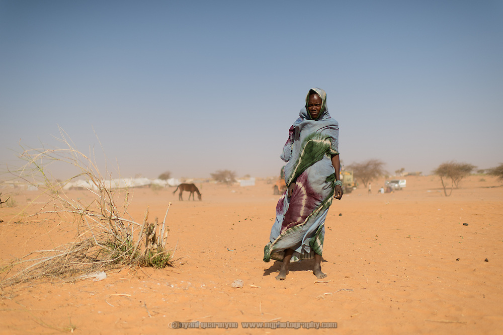 A Malian refugee who arrived in a convoy from the Fassala transit camp, near the border with Mali, to the main Mbera refugee camp on 6 March 2013.