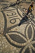 12.04.2007 Warsaw Poland vintage Basalt pavement from 1916 on street. Fot Piotr Gesicki Gesicki