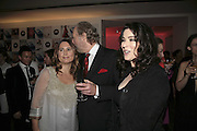 Alexandra Shulman, Ed Victor and Nigella Lawson, Vogue 90th birthday party and to celebrate the Vogue List, Serpentine Gallery. London. 8 November 2006. ONE TIME USE ONLY - DO NOT ARCHIVE  © Copyright Photograph by Dafydd Jones 66 Stockwell Park Rd. London SW9 0DA Tel 020 7733 0108 www.dafjones.com