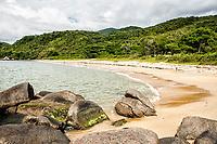 Praia do Cardoso. Bombinhas, Santa Catarina, Brasil. / <br /> Cardoso Beach. Bombinhas, Santa Catarina, Brazil.
