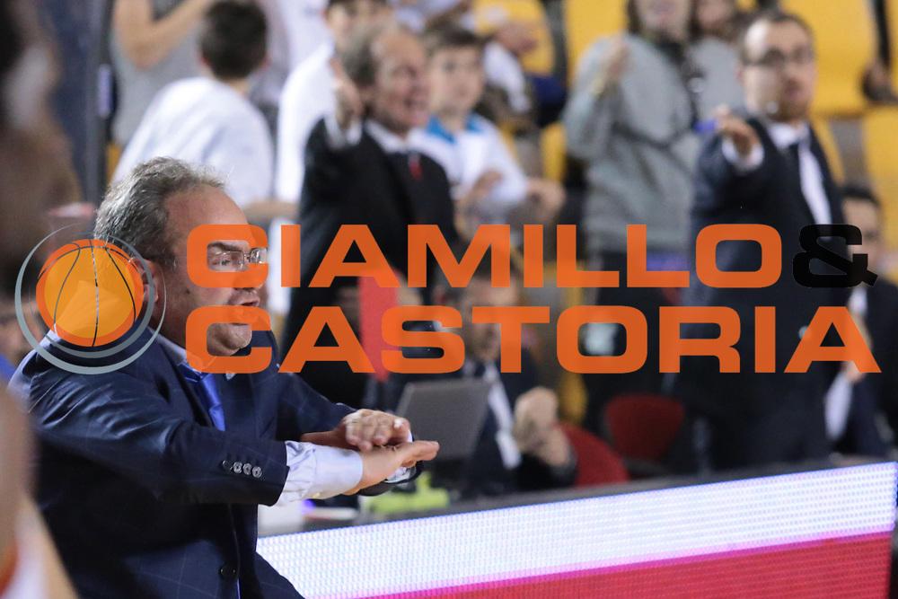 DESCRIZIONE : Roma quarti di finale gara 3 playoff 2013-2014 Acea Roma Acqua Vitasnella Cant&ugrave;<br /> GIOCATORE : Stefano Sacripanti<br /> CATEGORIA : ritratto delusione<br /> SQUADRA : Acqua Vitasnella Cant&ugrave;<br /> EVENTO : quarti di finale gara 3 playoff 2013-2014<br /> GARA : Acea Roma Acqua Vitasnella Cant&ugrave;<br /> DATA : 24/05/2014<br /> SPORT : Pallacanestro <br /> AUTORE : Agenzia Ciamillo-Castoria/M.Simoni<br /> Galleria : playoff 2013-2014<br /> Fotonotizia : Roma quarti di finale gara 3 playoff 2013-2014 Acea Roma Acqua Vitasnella Cant&ugrave;<br /> Predefinita :