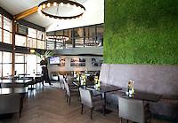 BERGSCHENHOEK - Clubhuis / Restaurant . Golfbaan De Hooge Rotterdamsche . COPYRIGHT KOEN SUYK -