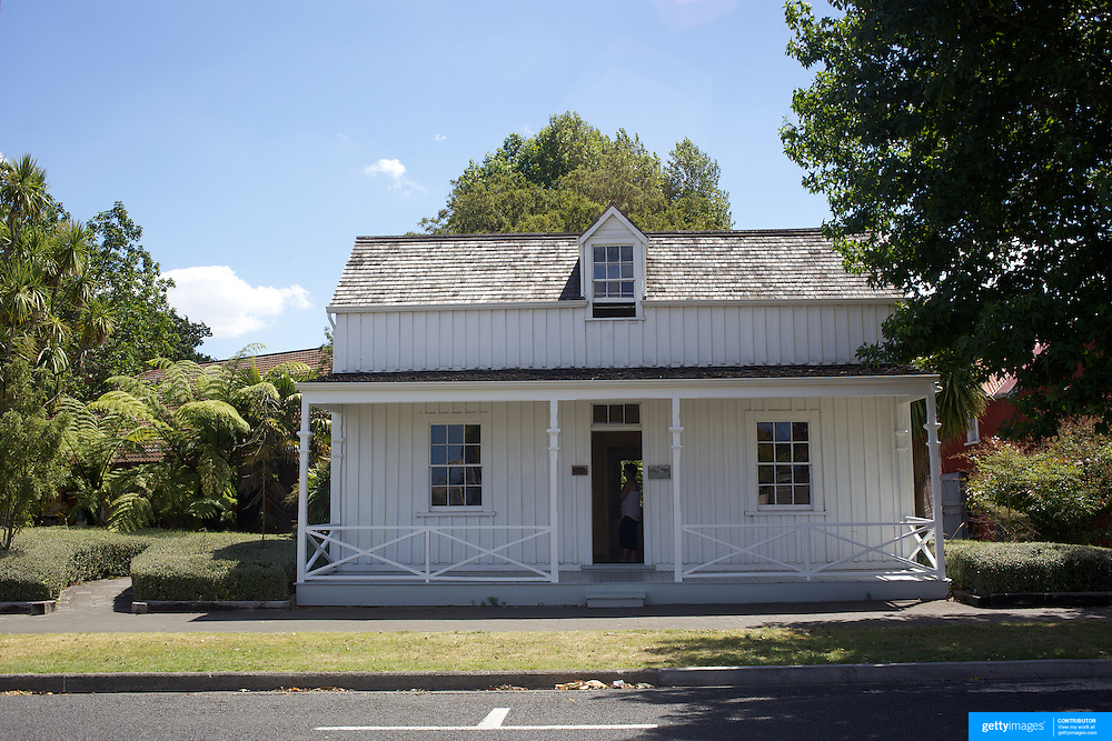 The Wyllie Cottage, built in 1872 and now the oldest house still standing in Gisborne, on dsiplay next to The Tairawhiti Museum Stout Street. Gisborne, New Zealand,, 15th January 2011 Photo Tim Clayton