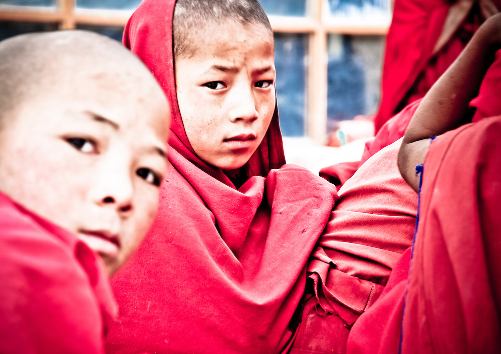 Rizong, Ladakh - 15 luglio 2009: monaci buddisti vicino al monastero di Rizong. Il censimento rivela che la percentuale di buddisti nella regione &egrave; diminuito dal 53.83% al 45.87% negli ultimi 40 anni. (Daily Times)<br /> <br /> <br /> Rizong, Ladakh - July 15, 2009: Buddhist monks in Rizong, July 15, 2009. Census reveals that the Buddhists share of Ladakh population has dropped from 53.83 to 45.87% over the past 4 decades. (Daily Times)