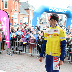 Kirsten Armstrong wins first stage of Energiewachttour in Appingedam