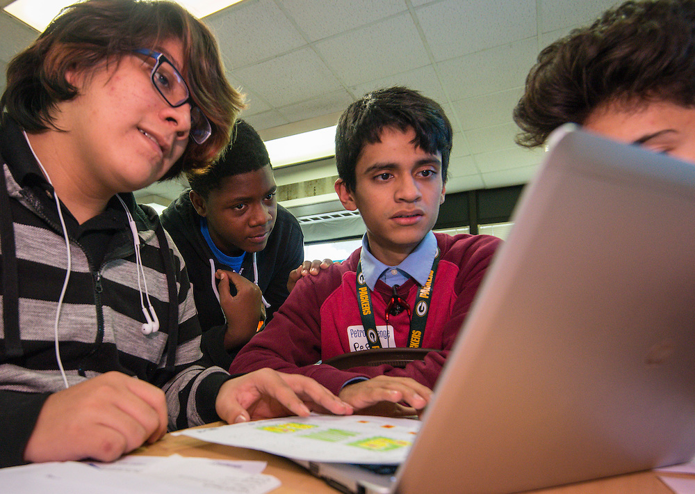 Students at the Energy Institute High School participate in the PetroChallenge, January 20, 2016.