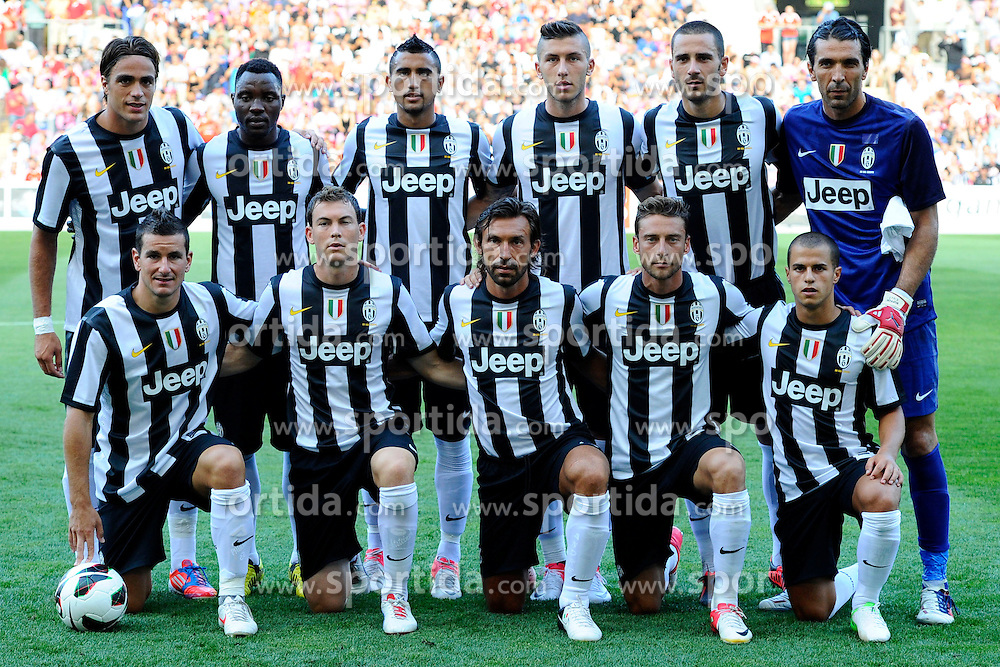 Football: Italy, Serie A, Juventus Turin.Teamphoto.© pixathlon..ITALY OUT !