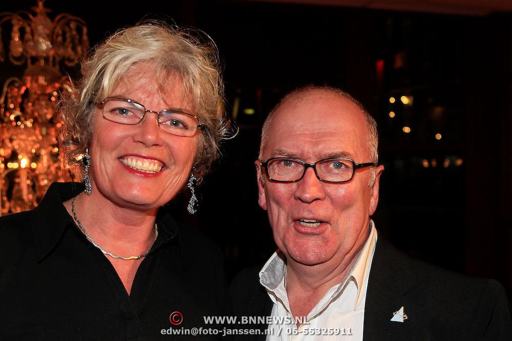 NLD/Hoorn/20101101- Premiere Je Anne, Harry Slinger en partner Marijke van der Pol