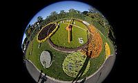 GENF, Fussball, Euro 2008 Vorschau, Staedte, Genf,Eine Blumenuhr im englischen Garten  ,Foto:Pressefoto Ulmer/Schaadfoto/Andreas Schaad PUBLICATION NOT IN AUT