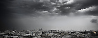 Torevær og kraftig regn kommer inn over Moskva.<br /> Foto: Svein Ove Ekornesvåg