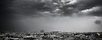 Torev&aelig;r og kraftig regn kommer inn over Moskva.<br /> Foto: Svein Ove Ekornesv&aring;g