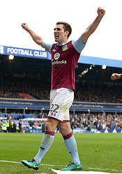 Gary Gardner of Aston Villa celebrates his goal which makes it 1-0 - Mandatory by-line: Dougie Allward/JMP - 30/10/2016 - FOOTBALL - St Andrew's Stadium - Birmingham, England - Birmingham City v Aston Villa - Sky Bet Championship