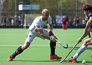 AMSTELVEEN -  Hockey Hoofdklasse heren Pinoke-Amsterdam (3-6). Justin Reid-Roos (A'dam) .   COPYRIGHT KOEN SUYK
