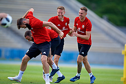 LOS ANGELES, USA - Saturday, May 26, 2018: Wales' Joe Ledley, Chris Gunter and Aaron Ramsey during a training session at the UCLA Drake Track and Field Stadium ahead of the International friendly match against Mexico. (Pic by David Rawcliffe/Propaganda)