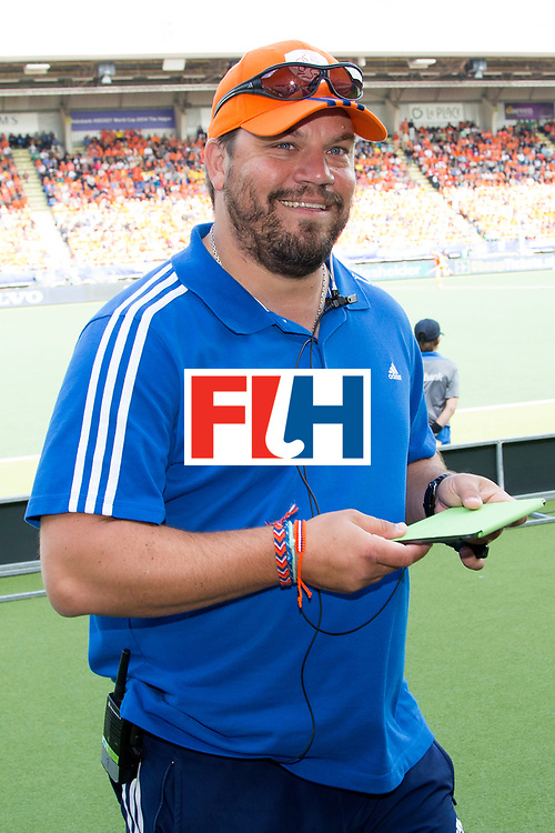THE HAGUE - Rabobank Hockey World Cup 2014 - 14-06-2014 - WOMEN - FINAL NETHERLANDS - AUSTRALIA 2-0 -  Max CALDAS Head Coach<br /> Copyright: Willem Vernes