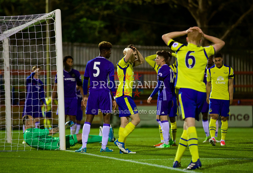 ALDERSHOT, ENGLAND - Friday, April 21, 2017: Everton's captain Jonjoe Kenny looks dejected as his last minute header is saved by Chelsea's goalkeeper Mitchell Beeney during FA Premier League 2 Division 1 Under-23 match at the Recreation Ground. (Pic by David Rawcliffe/Propaganda)