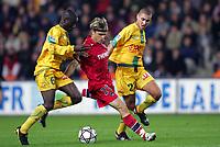 Fotball<br /> Frankrike 2004/05<br /> Nantes v Paris Saint Germain<br /> 16. oktober 2004<br /> Foto: Digitalsport<br /> NORWAY ONLY<br /> JEROME ROTHEN (PSG) / EMERSE FAE / FODIL HADJADJ (NAN)