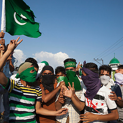 Kashmiri protesters manning roadblock outside Srinagar City during civil unrest 2016