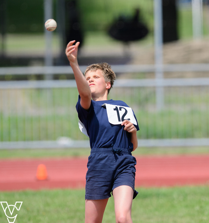 Metro Blind Sport's 2017 Athletics Open held at Mile End Stadium.  Ball throw. Arthur Milles<br /> <br /> Picture: Chris Vaughan Photography for Metro Blind Sport<br /> Date: June 17, 2017