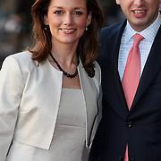NLD/Amsterdam/20080201 - Verjaardagsfeest Koninging Beatrix en prinses Margriet, aankomst prins Floris en partner Aimee Söhngen