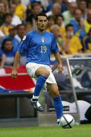PORTO 18/6/2004 Euro2004 <br />ITALIA SWEDEN<br />GIANLUCA ZAMBROTTA<br />Photo Andrea Staccioli Graffiti
