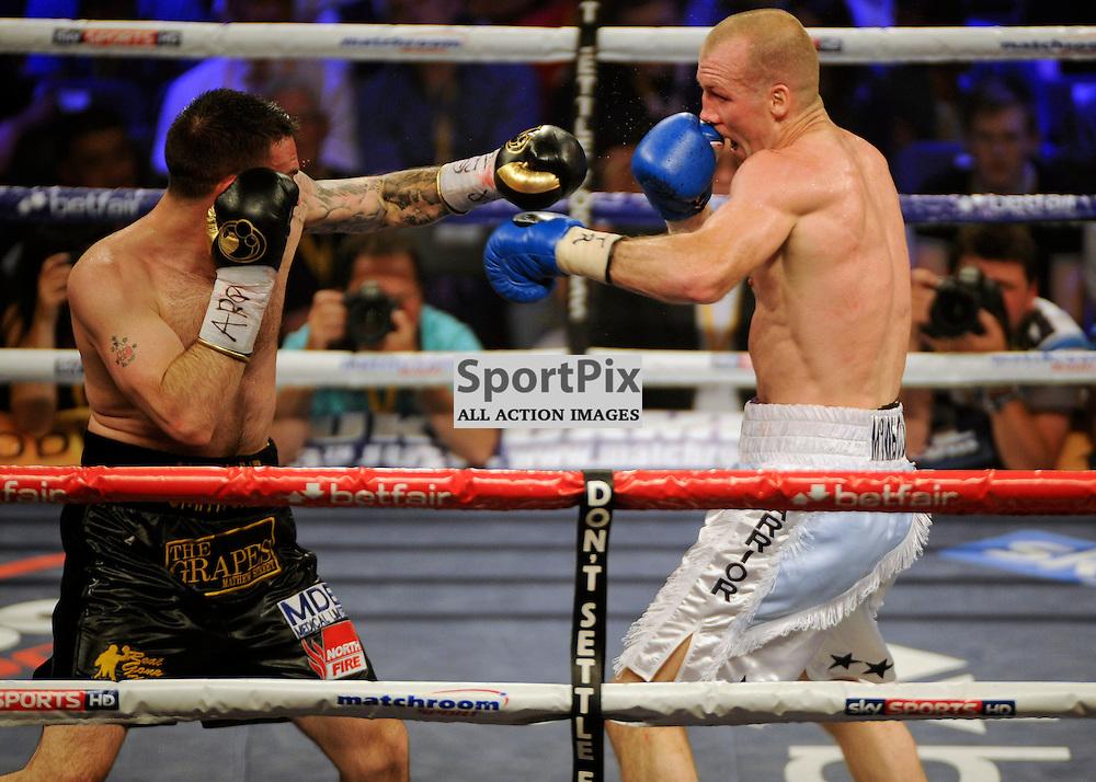 Tony Dodson (White Trunks) v Paul Smith (Black Trunks) Boxing USN Bolton Arena 29 June 2013 (c) Greig Bertram | SportPix.org.uk