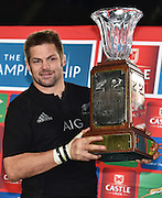 JOHANNESBURG, South Africa, 25 July 2015 : The World's best captain, Richie McCaw (C) of the All Blacks with the Freedom Cup during the Castle Lager Rugby Championship test match between SOUTH AFRICA and NEW ZEALAND at Emirates Airline Park in Johannesburg, South Africa on 25 July 2015. Bokke 20 - 27 All Blacks<br /> <br /> © Anton de Villiers / SASPA