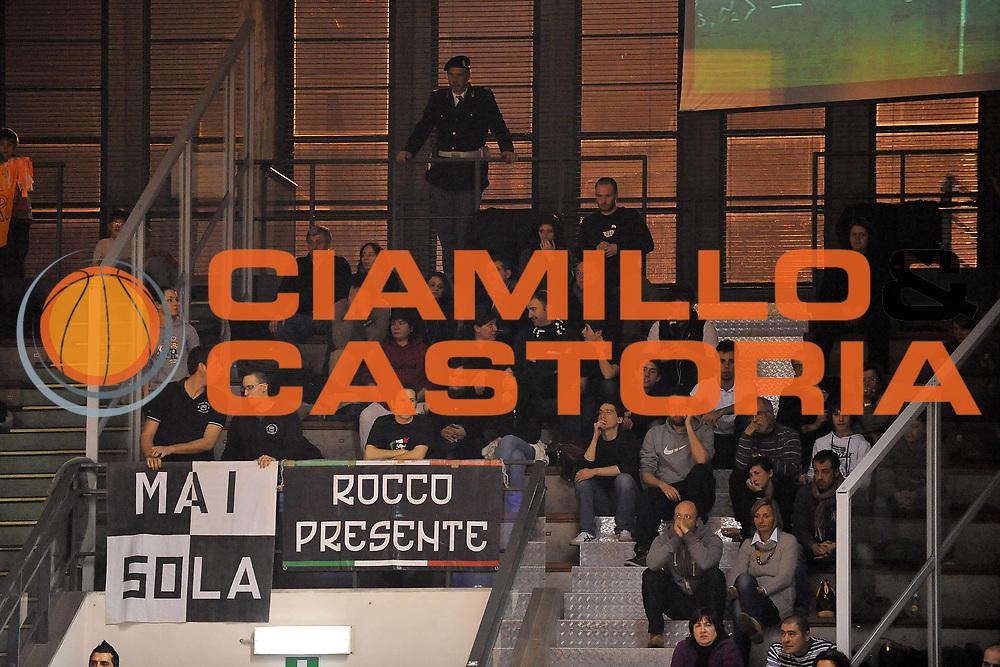 DESCRIZIONE : Udine Lega A2 2010-11 Snaidero Udine Naturhouse Ferrara<br /> GIOCATORE : Tifosi<br /> SQUADRA :  Naturhouse Ferrara<br /> EVENTO : Campionato Lega A2 2010-2011<br /> GARA : Snaidero Udine Naturhouse Ferrara.<br /> DATA : 06/01/2011<br /> CATEGORIA : Tifosi<br /> SPORT : Pallacanestro <br /> AUTORE : Agenzia Ciamillo-Castoria/S.Ferraro<br /> Galleria : Lega Basket A2 2010-2011 <br /> Fotonotizia : Udine Lega A2 2010-11 Snaidero Udine Naturhouse Ferrara<br /> Predefinita :