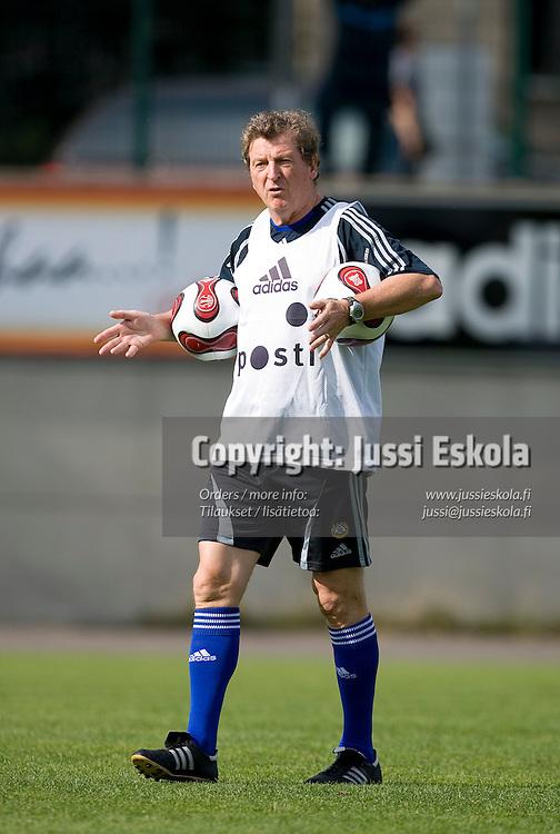Roy Hodgson. A-maajoukkueen harjoitukset 21.8.2007. Photo: Jussi Eskola