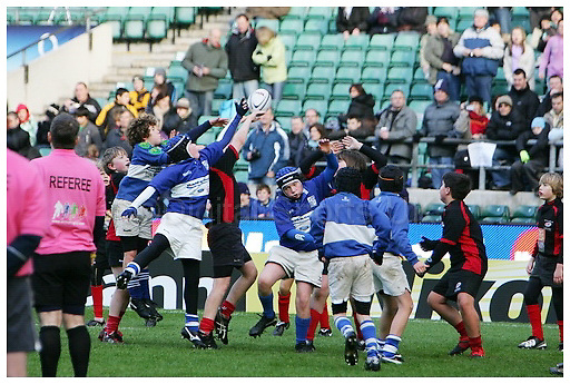 Mini Madness Rugby Tournament..Twickenham 5-12-09..Action Photos.