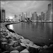 Serie: DIARIOS VISUALES / VISUAL DIARIES<br /> Photography by Aaron Sosa<br /> Panama City 2011<br /> (Copyright © Aaron Sosa)