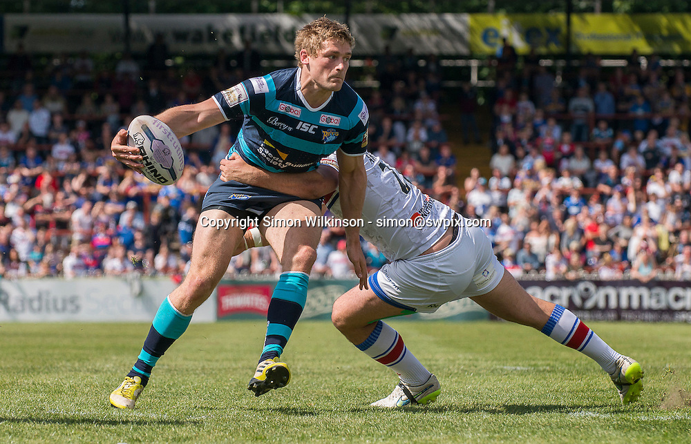 Picture by Allan McKenzie/SWpix.com - 07/06/2015 - Rugby League - First Utility Super League - Wakefield Trinity Wildcats v Leeds Rhinos - Rapid Solicitors Stadium, Wakefield, England - Leeds's Jimmy Keinhorst.