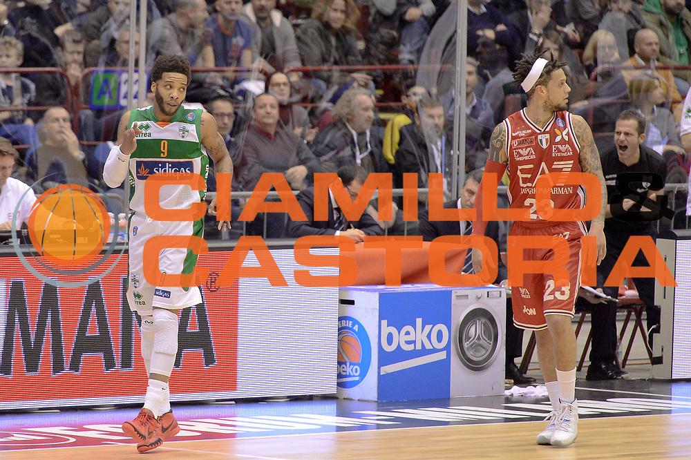 DESCRIZIONE : Milano Lega A 2014-15 EA7 Emporio Armani Milano vs Sidigas Avellino<br /> GIOCATORE : Banks Adrian<br /> CATEGORIA : Esultanza<br /> SQUADRA : Sidigas Avellino<br /> EVENTO : Campionato Lega A 2014-2015<br /> GARA : EA7 Emporio Armani Milano Sidigas Avellino<br /> DATA : 16/02/2015<br /> SPORT : Pallacanestro <br /> AUTORE : Agenzia Ciamillo-Castoria/I.Mancini<br /> Galleria : Lega Basket A 2014-2015  <br /> Fotonotizia : Milano Lega A 2014-2015 EA7 Emporio Armani Milano Sidigas Avellino<br /> Predefinita :