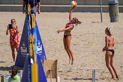 23-08-2019 NED; DELA NK Beach Volleyball Qualification, Scheveningen<br /> First day NK Beachvolleyball / Desy Poiesz, Brecht Piersma