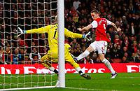20111227: LONDON, UK - Barclays Premier League 2011/2012: Arsenal vS Wolverhampton Wanderers.<br /> In photo: Thomas Vermaelen of Arsenal misses a chance.<br /> PHOTO: CITYFILES