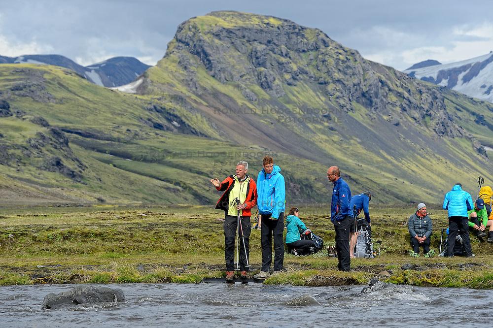 09-07-2014 ISL: Iceland Diabetes Challenge Dag 5, Emstrur<br /> Van Alftavatn naar Emstrur / Edwin van Zanen, Bas van de Goor