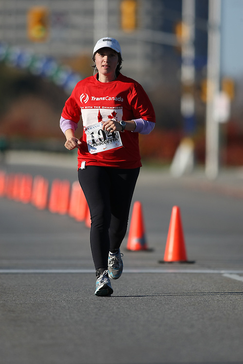 (Ottawa, ON---18 October 2008) ROSA LABOCCETTA runs in the 2008 5km challenge at the TransCanada 10km Canadian Road Race Championships. Photography copyright Sean Burges/Mundo Sport Images (www.msievents.com).