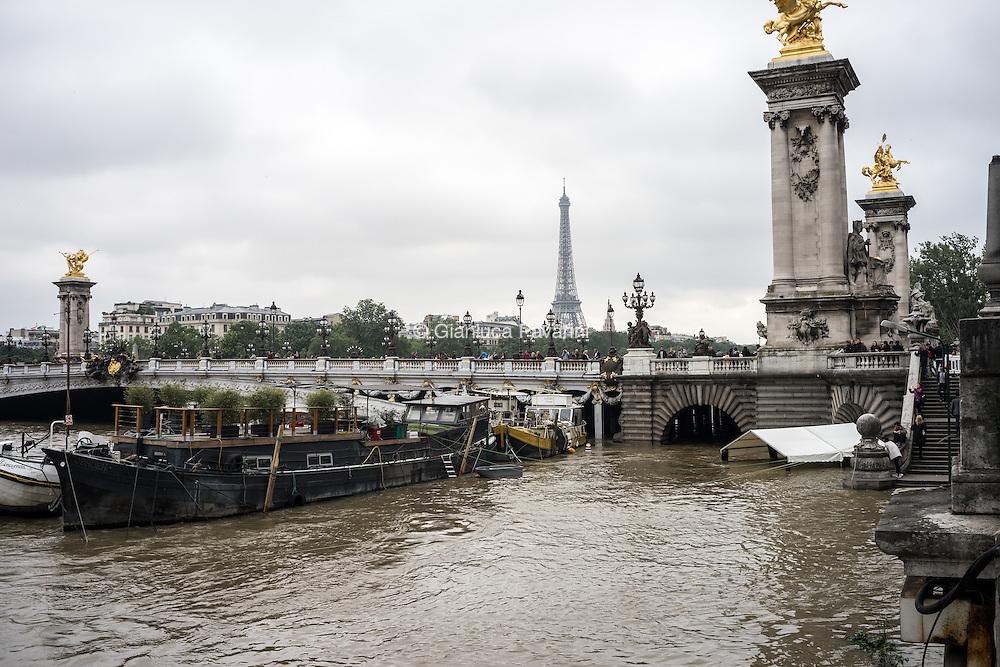Esondazione senna a Parigi, Crue de la Seine Paris, high the River Seine in Paris