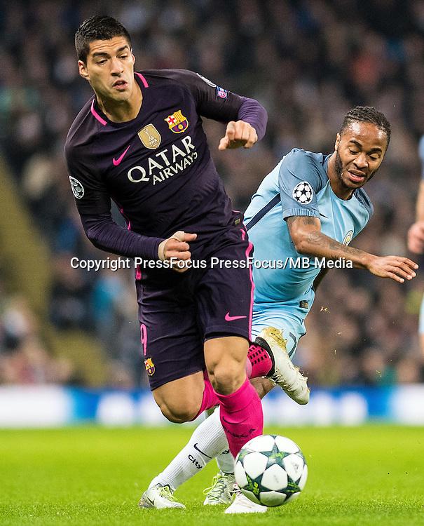 2016.11.01 Manchester<br /> Pilka nozna Liga Mistrzow sezon 2016/2017<br /> Manchester City - FC Barcelona<br /> N/z Luis Suarez Raheem Sterling<br /> Foto Sebastian Frej / PressFocus<br /> <br /> 2016.11.01 Manchester<br /> Football Champions League season 2016/2017<br /> Manchester City - FC Barcelona<br /> Luis Suarez Raheem Sterling<br /> Credit: Sebastian Frej / PressFocus