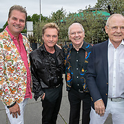 NLD/Hoofddorp/20190603 - 39ste Society Lunch, Ronald Moray met partner Gerrit, Ronnie Tober en partner Jan Jochems