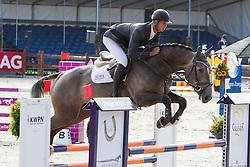 Van Veenendaal Mas (NED) - Bubka VDL<br /> KWPN Paardendagen 2011 - Ermelo 2011<br /> © Dirk Caremans