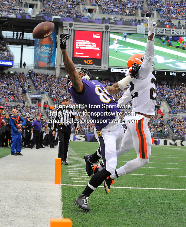 Dec. 28, 2014 - Baltimore, MD, USA - Baltimore Ravens' Steve Smith Sr. reaches for a pass as Browns' Buster Skrine (22) is called for pass interference in the first quarter on Sunday, Dec. 28, 2014 at M&T Bank Stadium in Baltimore, Md. The Ravens won 20-10