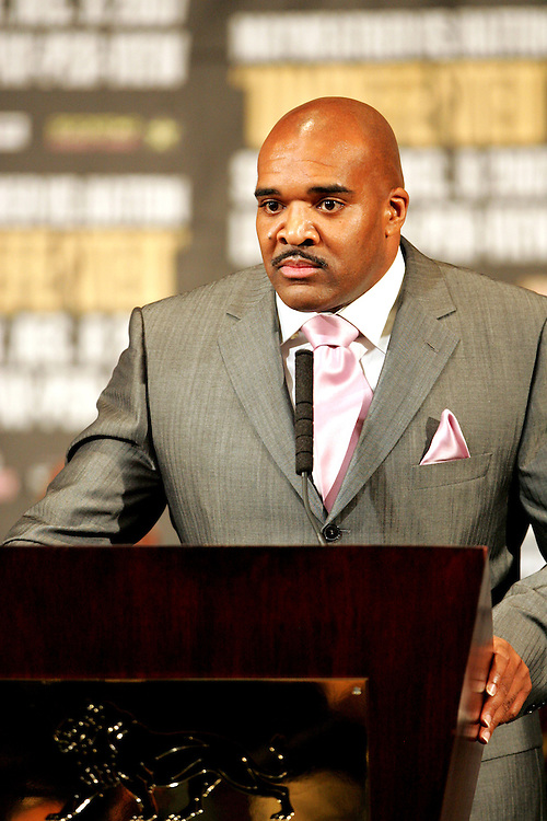 Leonard Ellerbe addresses the media. Ricky Hatton v Floyd Mayweather, Las Vegas, Nevada.