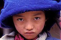 Nepal - Region de Gosaïnkund - Fillette d'ethnie Tamang