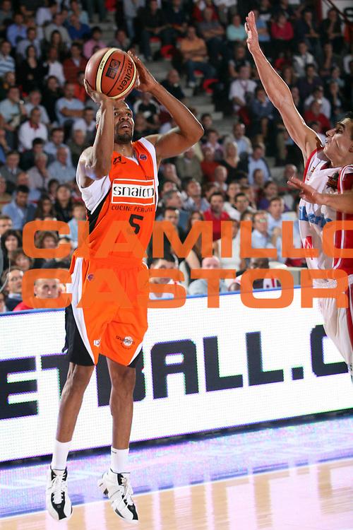DESCRIZIONE : Varese Lega A1 2007-08 Cimberio Varese Snaidero Udine<br /> GIOCATORE : Jerome Allen<br /> SQUADRA : Snaidero Udine<br /> EVENTO : Campionato Lega A1 2007-2008<br /> GARA : Cimberio Varese Snaidero Udine<br /> DATA : 06/10/2007<br /> CATEGORIA : Tiro<br /> SPORT : Pallacanestro<br /> AUTORE : Agenzia Ciamillo-Castoria/S.Ceretti
